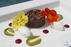 Pecan Nut and Chocolate Tart © Mozaic Beachclub