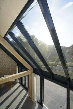 eiken gebinten in combinatie met aluminium serre Glass Extension, Donia, Home Additions, Skylight, Windows And Doors, Interior Architecture, House Plans, Sweet Home, Facade
