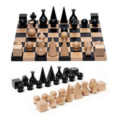 Ameico Man Ray Chess Set Inset