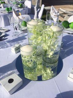 CBC236 Wedding Riviera Maya cylinders with dendrobium orchid and candles  / centro de mesa con orquidea sumergida y velas