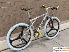 Gt Mountain Bikes, Mountain Biking, Kona Bikes, Gt Bikes, Retro Bike, Fixed Gear Bike, Vintage Bikes, Cycling Bikes, Custom Bikes