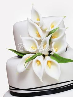 Your Wedding Theme - Calla Lilies, Sunflowers or Daisies Fondant Cake Designs, Fondant Cakes, Cupcake Cakes, Square Wedding Cakes, Wedding Cake Designs, Amazing Wedding Cakes, Amazing Cakes, Calla Lillies Wedding, Calla Lilies