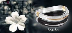 Bracciali Byblos Bangles a €69,90 spedizione inclusa! https://www.sciccosi.com/byblos-jewels-bracciale-bangles-nero-9510-08.html