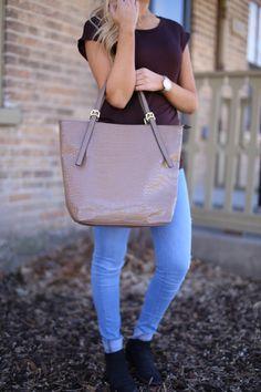 Shop our totes!  www.handbagheaven.com Big Purses, Cute Purses, Purses And Bags, Totes, My Style, Shopping, Cute Handbags, Bags, Big Bags