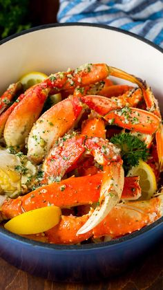 Crab Legs with Garlic Butter crab seafood dinner lowcarb dinneratthezoo 110338259610779977 Lobster Recipes, Fish Recipes, Seafood Recipes, Dinner Recipes, Cooking Recipes, Healthy Recipes, Healthy Lunches, Yummy Recipes, Keto Recipes