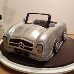 1969 Mercedes Benz 280SL cake