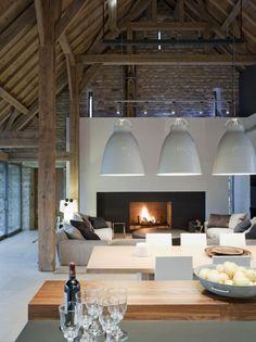les vieilles granges, vieux hangar transformé en maison loft