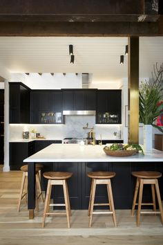 Freedom Kitchens beautiful images of the kitchen complete