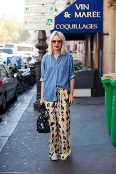 Easy Casual Style with print pants and denim shirt