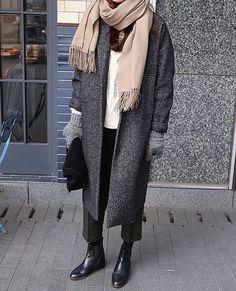 Death by elocution hijab fashion, fashion mode, korean fashion, fashion outfits, womens Fashion Mode, Look Fashion, Trendy Fashion, Korean Fashion, Fashion Outfits, Trendy Style, Fashion Photo, Hijab Fashion, Fall Fashion