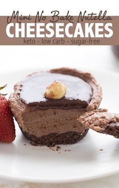 "Mini No Bake Nutella Cheesecakes – Keto Recipe Love Nutella but avoiding sugar? Try making my mini ""Nutella"" cheesecakes made with homemade chocolate hazelnut spread. So amazingly delicious, you won't believe it's low carb and keto! Cheesecake Calories, No Bake Nutella Cheesecake, Low Carb Cheesecake, Cheesecake Recipes, Dessert Recipes, Dessert Ideas, Ketogenic Diet, Ketogenic Desserts, Keto Friendly Desserts"
