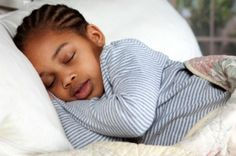 """Fall Back"" Sleep Tips For Parents When Daylight Saving Time Ends"