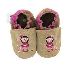 HOBEA Germany #Krabbelschuhe bestickt Indianermädchen ocker #Baby #Babybekleidung #Kindermode #Babyschuhe