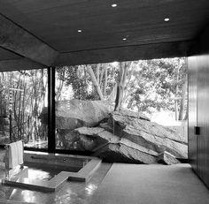 Elrod House 1968 John Lautner. Sale en Diamonds are forever.
