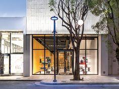 Tod's Boutique Design District Miami