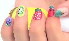 Curso de pintar uñas con diseños famosos gratis http://www.formaciononlinegratis.net/curso-de-pintar-unas-con-disenos-famosos-gratis/