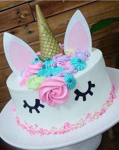 Pin on Beauty Pin on Beauty Unicorn Themed Birthday Party, Unicorn Birthday Parties, Birthday Party Themes, Birthday Cake, Party Treats, Cake Smash, Cupcake Cakes, Cake Decorating, Unicorns