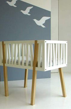 Modern & soft! Love this crib! #modern #baby #nursery