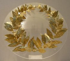 Ancient to Medieval (And Slightly Later) History — Greek Gold Laurel Wreath, from Crete, – Laurel Wreath İdeas. Roman Jewelry, Greek Jewelry, Ethnic Jewelry, Crown Aesthetic, Crown Illustration, Crown Crafts, Gold Wreath, Greek History, Ancient History