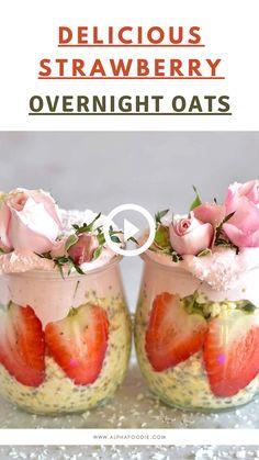 Overnight Oats Receita, Strawberry Overnight Oats, Strawberry Breakfast, Healthy Strawberry Recipes, Healthy Breakfast Recipes, Healthy Smoothies, Healthy Snacks, Oats Recipes, Raw Food Recipes