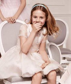 Discover the world of Baby Dior Dior Kids, Baby Dior, Girls Dresses, Flower Girl Dresses, Kids Branding, Hue, Couture, Wedding Dresses, Fashion