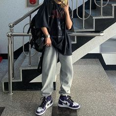 Adrette Outfits, Swaggy Outfits, Tomboy Outfits, Tomboy Fashion, Teen Fashion Outfits, Retro Outfits, Cute Casual Outfits, Streetwear Fashion, Grunge Outfits