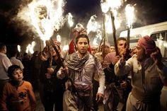 Procession en Irak pendant le Norouk, fête traditionnelle du nouvel an kurde. Sebastian Meyer, photographe  sebmeyer.com