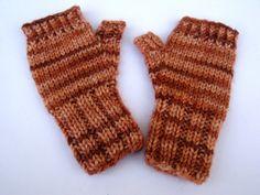 KinderArmstulpen Fingerlose Handschuhe Rosatöne von frostpfoetchen, €10.50
