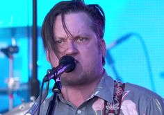 Modest Mouse killed it on Jimmy Kimmel the other day. This is insane. #LiveMusic
