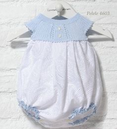 Diy Crafts - Baby Clothing Set: Romper, Collar, Bonnet And Booties Get the look: This complete baby clothing set includes- Romper With Crochet Bodi Baby Girl Patterns, Baby Knitting Patterns, Knitted Baby Clothes, Cute Baby Clothes, Tricot Baby, Baby Pants, Culottes, Little Girl Dresses, Baby Girl Fashion
