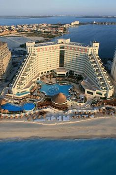 ME Hotel Cancun our resort baby!!!!!!!!
