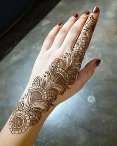 Mehndi Designs For Girls, Dulhan Mehndi Designs, Mehndi Design Photos, Unique Mehndi Designs, Beautiful Mehndi Design, Mehndi Images, Bridal Mehndi Designs, Mehndi Designs For Hands, Henna Tattoo Hand