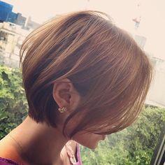 Pin on Elegante Pin on Elegante Short Hair With Layers, Short Hair Cuts, Short Hair Styles, Asian Short Hair, Short Bob Haircuts, Asian Bob Haircut, Great Hair, Hair Day, Gorgeous Hair