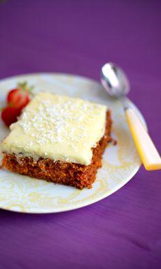 Tiinan mehevä porkkanakakku | Maku Cheesecake, Deserts, Food And Drink, Pie, Baking, Party, Recipes, Koti, Style