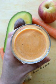 centrifugato di avocado mele carote e zenzero ricetta (13)