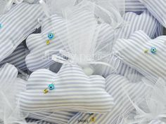 Μπομπονιέρα συννεφάκι: ΚΩΔ SN001 Baptism Favors, Handmade Baby, Baby Shower, Sacks, Bag Packaging, Babyshower, Baby Showers