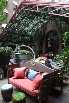 Metal trusses as a pergola - I want this in my backyard for my own private little oasis! Outdoor Areas, Outdoor Rooms, Outdoor Fun, Outdoor Living, Outdoor Decor, Fresco, Porches, My Secret Garden, Outdoor Projects