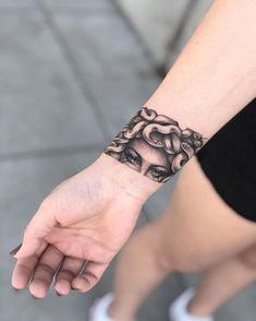 How do you like this decision - Tattoo, Tattoo ideas, Tattoo shops, Tattoo actor, Tattoo art Tattoos Masculinas, Dope Tattoos, Mini Tattoos, Body Art Tattoos, Small Tattoos, Sleeve Tattoos, Arm Tattoos Little, Black Tattoos, Cute Hand Tattoos