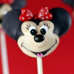 Mini mouse cake pop