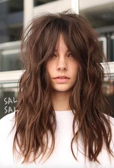 Are Shag Haircuts Difficult In 2020 101 Fab Shag Haircuts From Short to Long for Everyone Out Long Shag Hairstyles, Shaggy Haircuts, Haircuts For Long Hair, Medium Shag Haircuts, Hairstyles With Bangs, Textured Hairstyles, Fashion Hairstyles, Hair With Bangs, Short Textured Haircuts