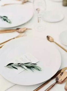 olive branch table setting | wedding table decor | italy wedding inspiration