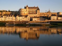 World famous castles, historic French towns, intricate, regal architecture and valleys upon valleys of vineyards and natural landscape. If this list gives you itchy feet then this luxury chateau in a valley fit for Kings should be top priority for your next holiday. A Rich History Throughout history the Loire Valley has played host to …