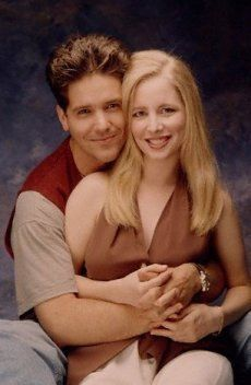 Michael Damian & Lauralee Bell- Danny & Cricket (Y&R) Soap Opera Stars, Soap Stars, Sweet Memories, Childhood Memories, Tv Couples, Bold And The Beautiful, Young And The Restless, Days Of Our Lives, Back In The Day