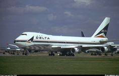 Delta Air Lines N9898 Boeing 747-132 aircraft picture