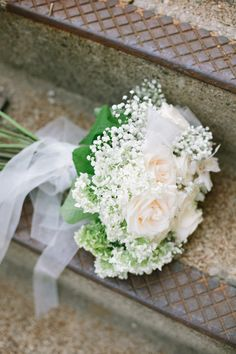 Fresh white bridal bouquet (Photo by Laurelyn Savannah Photography)