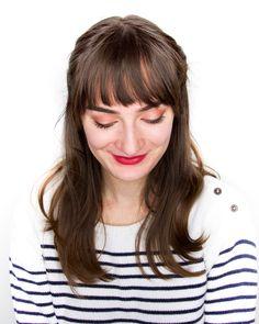 peach makeup | bangs long hair | full bangs | subtle makeup | natural makeup | red lips