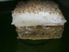 Prajitura cu foaie de napolitana Vanilla Cake, Tiramisu, Food And Drink, Ethnic Recipes, Desserts, Decor, Salads, Tailgate Desserts, Deserts