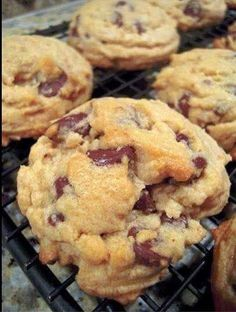 Healthy Cookies 3 Mashed Bananas (ripe) 1/3 c Applesauce 2 c oats 1/4 c Almond Milk 1/2 c Raisans or dark chocolate chips 1 tsp Vanilla 1 tsp Cinnamon Preheat oven to 350. Bake for 15-20 minutes! Yummy!  To save this recipe, click SHARE!