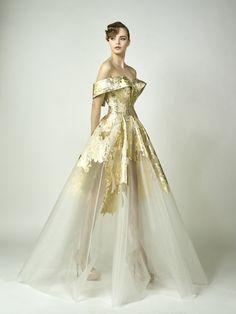 "pretty-girls-in-pretty-dresses: ""Edward Arsouni F/W RTW "" Ball Dresses, Ball Gowns, Prom Dresses, Wedding Dresses, Beautiful Gowns, Beautiful Outfits, Elegant Dresses, Pretty Dresses, Dream Dress"