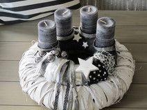 moderner adventskranz merry xmas die l ngliche edelstahl schale in schiffchenform wurde mit. Black Bedroom Furniture Sets. Home Design Ideas